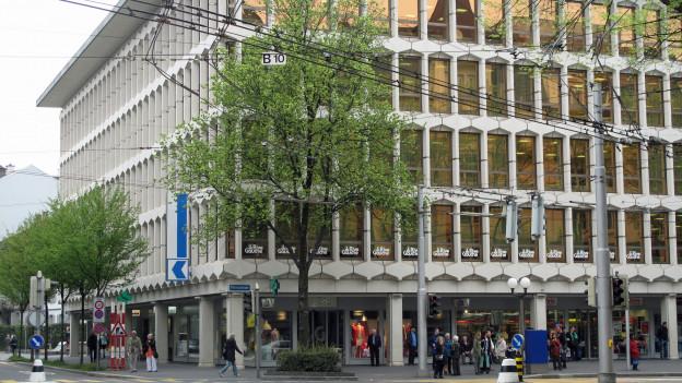 Der LUKB-Hauptsitz soll saniert und ausgebaut werden.