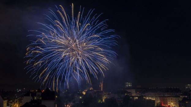 Feuerwerke wie hier in Basel sind abgesagt