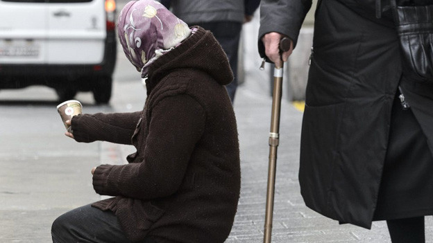 Die SVP will in der Waadt ein restriktives Verbot für Bettler
