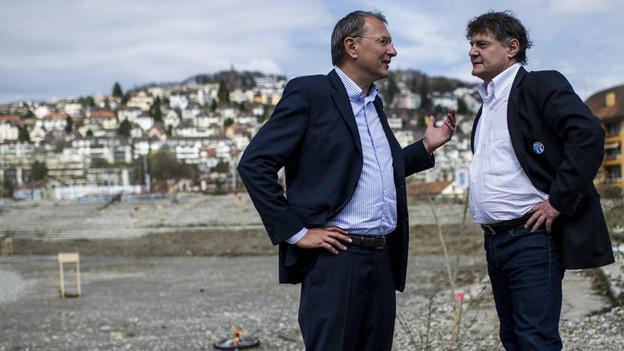 FCZ und GC spannen zusammen für ein neues Stadionprojekt - die Aufnahme vom April 2013 zeigt André Dosé (VR-Präsident GCZ) und Ancillo Caneppa (Präsident FCZ).