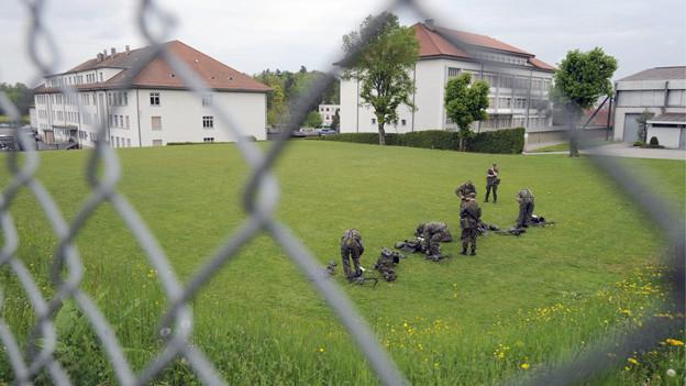 Was wird aus dem Gelände der Kaserne Freiburg? Die Kantonsregierung wird sich der Frage bald annehmen.