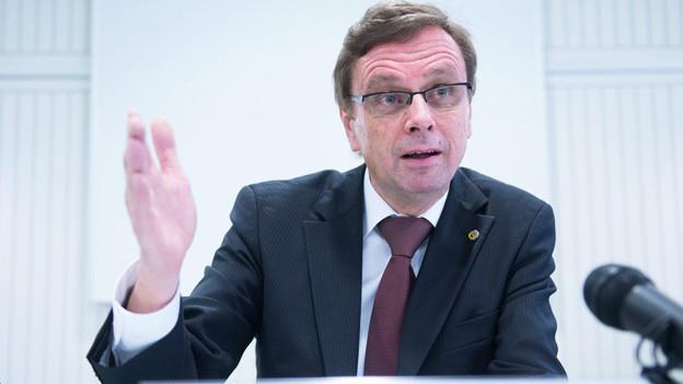 Immer noch wenig Transparenz im Asylbereich von Hans-J