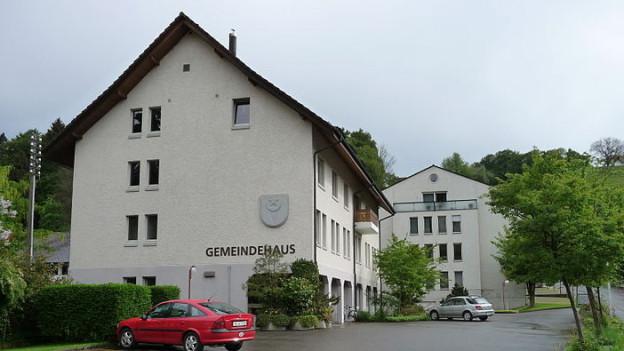 Das Gemeindehaus von Teufenthal/AG: hier wird die Millionen-Veruntreuung des Finanzverwalters aufgearbeitet.