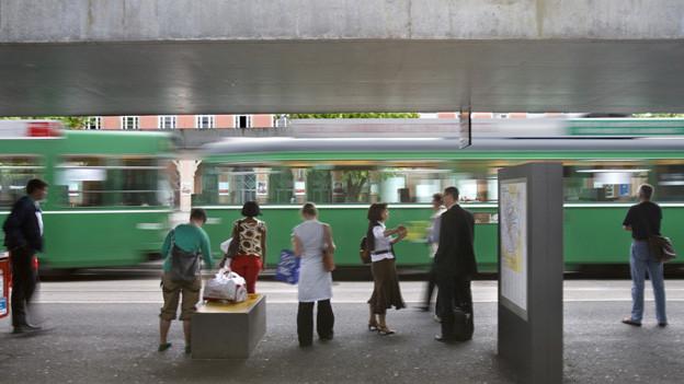 Neue Tramprojekte in Basel geraten zunehmend unter Druck.