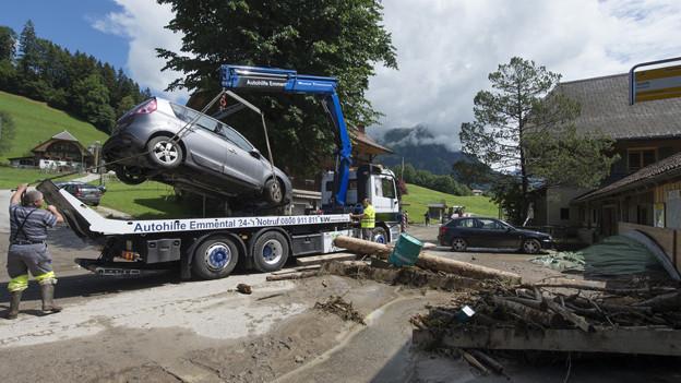 Die Aufräumarbeiten in Schangnau sind in vollem Gang