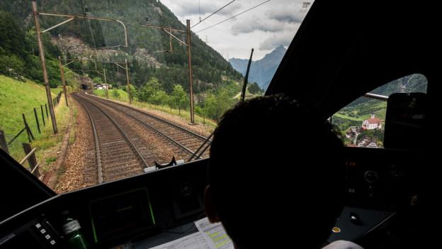 Die Gotthardstrecke wird weiter betrieben, sagt der Bundesrat.