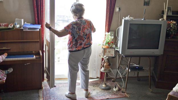 Wenn im Alter die AHV und die Pension nicht reichen, können die betroffenen Ergänzungsleistungen beantragen.