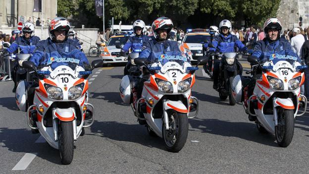 Genf arbeitet in der Grundausbildung der Polizei mit der Waadt und dem Wallis zusammen.