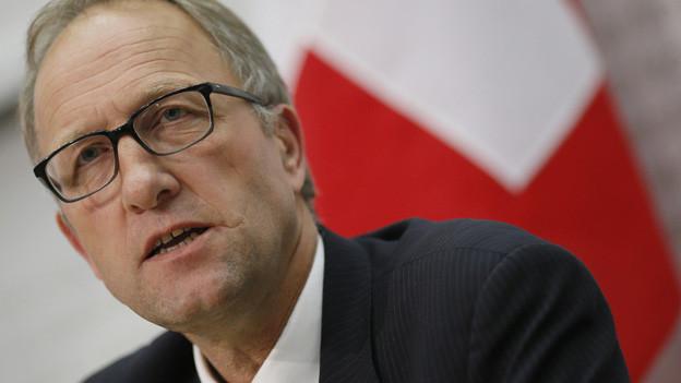 Kantonsreferendum gegen den NFA beschlossen: Zugs Finanzdirektor Peter Hegglin spricht von «Notwendigkeit».