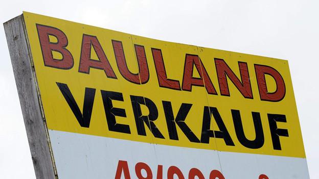 Bauland zu verkaufen: im Kanton Freiburg auch ein Geschäft zwischen den Gemeinden.