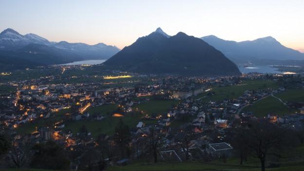 Der Himmel über dem «Steuerparadies» Schwyz verdunkelt sich