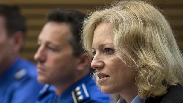 Barbara Loppacher, zuständige Staatsanwältin, informiert über den Fahndungserfolg im Zusammenhang mit dem Vierfach-Mord von Rupperswil/AG.