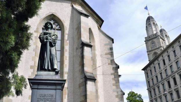 Das Zwingli-Denkmal in Zürich.