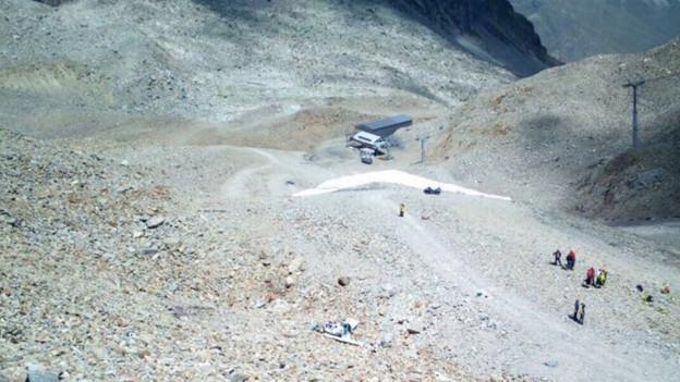 Geröll, Flugzeug, Rettungskräfte