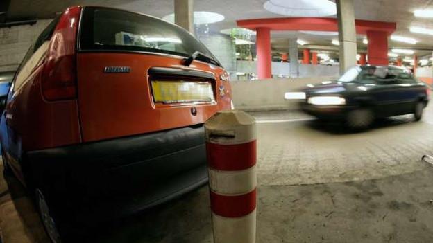 Das Parkieren im Flughafen-Parking ist teuer. Günstiger ist «Valet-Parking».