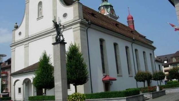 In der katholischen Kirche von Küssnacht am Rigi rumort es.