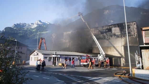 Der Brand hat eine Halle der Firma Baldini komplett zerstört.