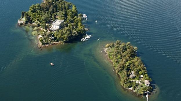 Die Brissago-Inseln, Luftaufnahme.