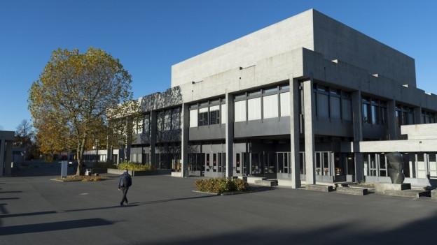Ansicht der Uni St. Gallen von aussen.