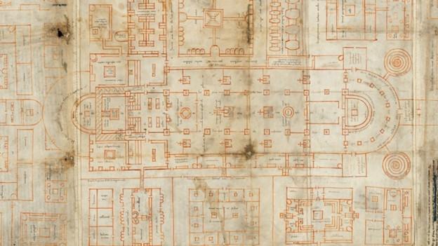 Blick auf einen alten Plan eines Klosters.