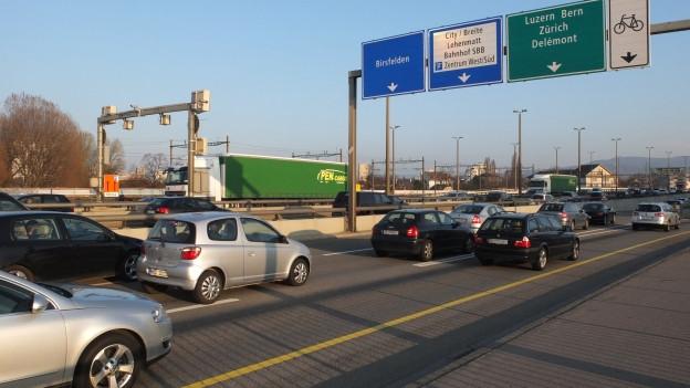 Der Autoverkehr hat in den letzten Jahren auch in Basel stetig zugenommen