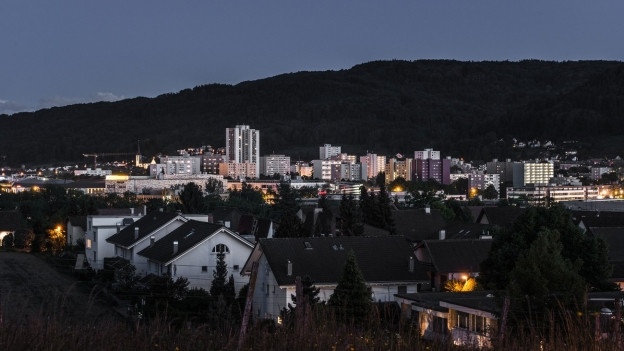 Spreitenbach, eine Aufnahme beim Eindunkeln.