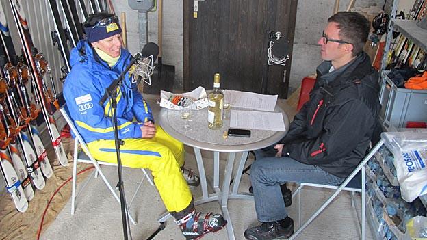 Vreni Schneider im Gespräch mit Redaktor Philipp Inauen.
