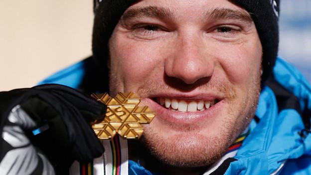 Dario Cologna schreibt Geschichte: Er gewinnt als erster Schweizer WM-Gold im Langlauf.