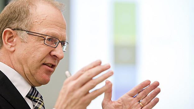 Im Kampf gegen Defizite - der St. Galler Finanzchef Martin Gehrer.