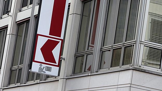 Die Glarner Kantonalbank nuss sich um einen neuen CEO kümmern.