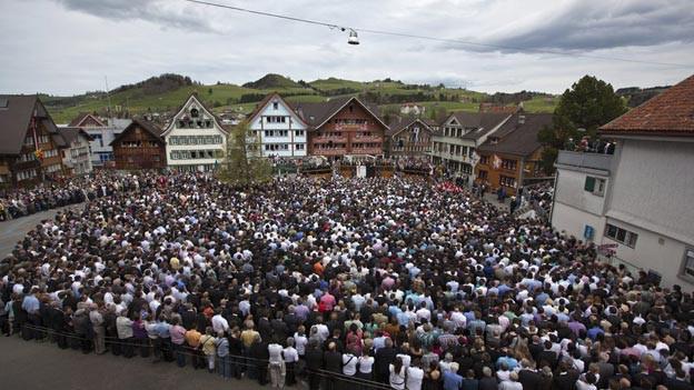 Die Landsgemeinde wählt jedes Jahr den Landammann neu.