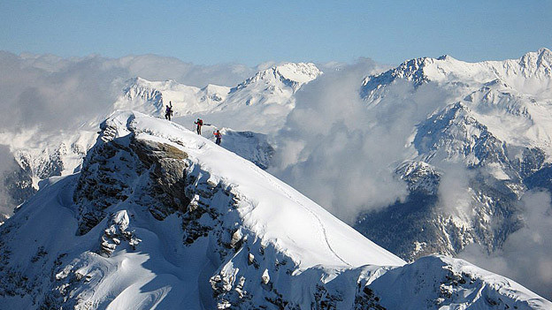 Ein Unfall eines ausländischen Skitourenfahrers kann für die Gastgemeinde teuer werden.