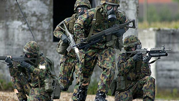 Die Anwohner des Waffenplatzes Breitfeld stören sich am Gefechtslärm.
