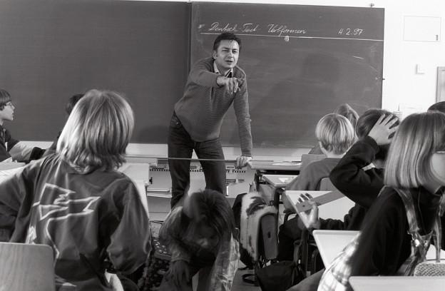 Kinder besuchen die Schule am Wohnort. Jetzt können auch Ausnahmen gemacht werden.