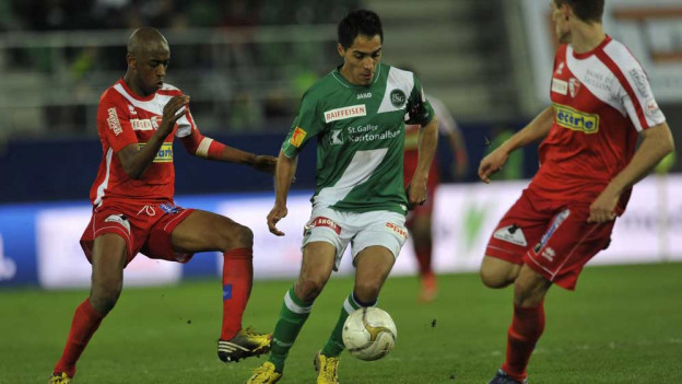 Oscar Scarione schoss drei Tore und war somit Matchwinner.