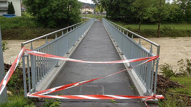 Die gesperrte Brücke über die Thur bei Bischofszell im Thurgau.