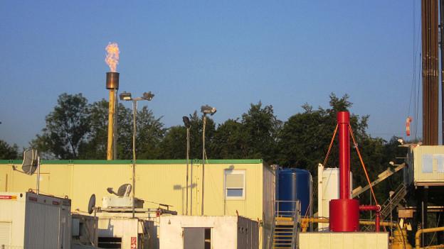 Das im Bohrloch vorhandene Gas wurde kontrolliert abgefackelt