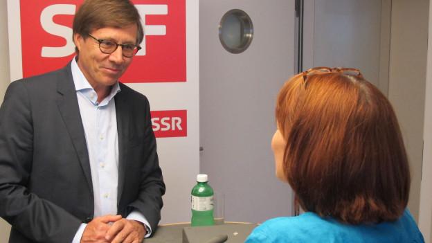 IHK-Direktor Kurt Weigelt im Gespräch mit Maria Lorenzetti