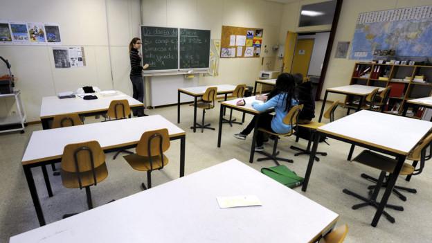 Bundesgericht bestätigt: Schülerin wurde zurecht zum Nachsitzen verdonnert (Symbolbild)