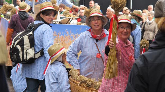 Auch die Landfrauen präsentierten sich am Olma-Umzug.