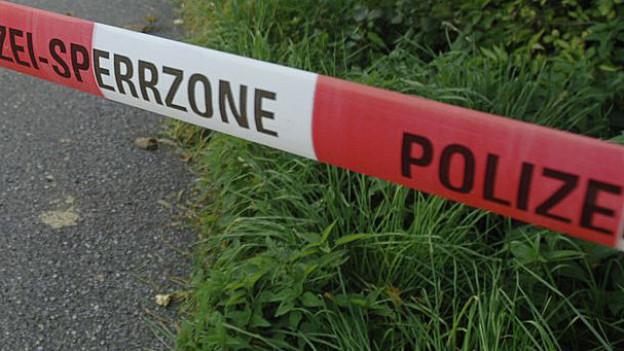Polizei findet Leiche der Ehefrau im Schacht (Symbol)