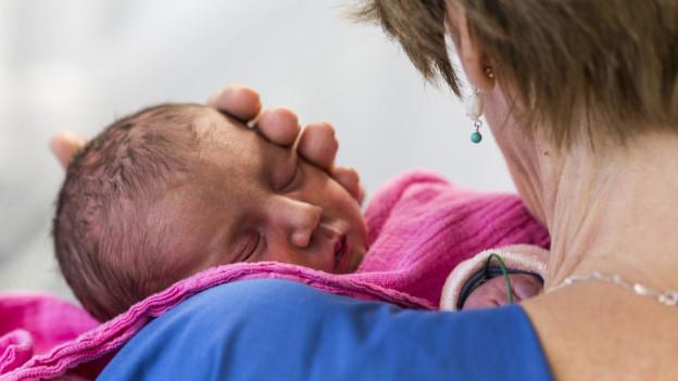 Irritation in Graubünden über vertrauliche Geburten