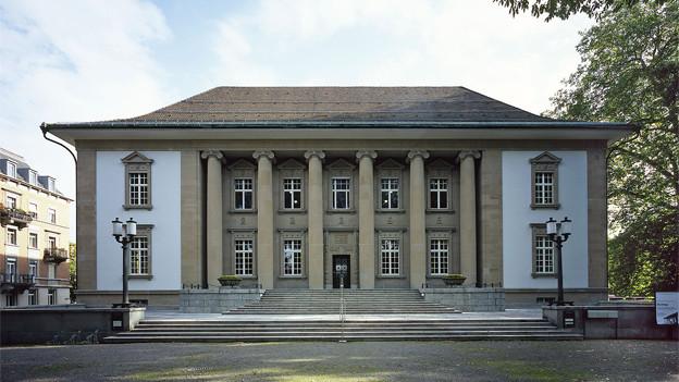 Die Sanierung des Völkerkundemuseum kommt teurer als geplant.