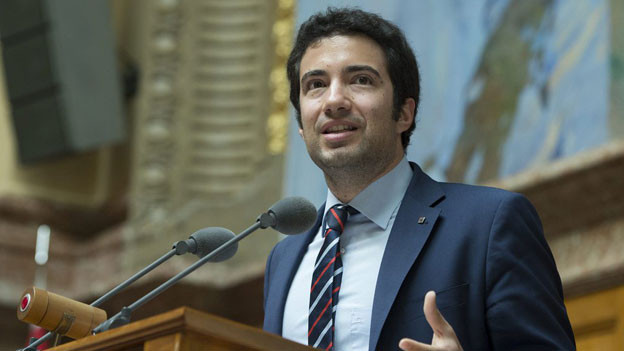 Nach nur zwei Jahren im Parlament will Caroni höchster Schweizer werden.