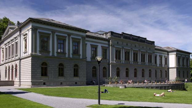 Das Historische und Völkerkundemuseum in St. Gallen wird saniert.