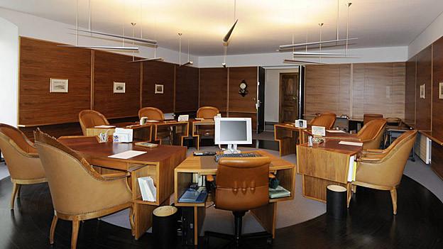 Im Sitzungszimmer der St. Galler Regierung werden die finanzpolitischen Weichen gestellt.