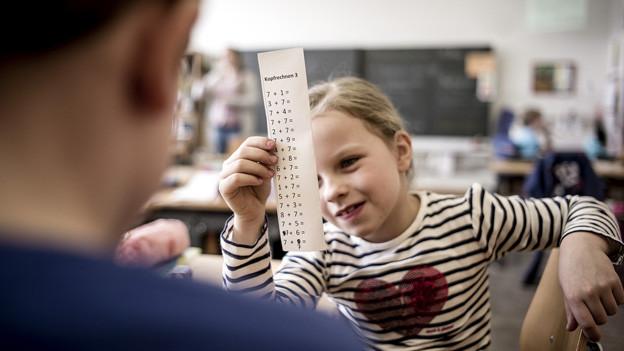 Verlangt der Lehrplan 21 zu viel von den Schülern? Die Ostschweizer Kantone befürchten es.