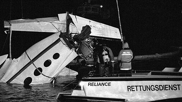 Die Die Cessna 425 wurde nach dem Absturz am 8. Februar 1994 geborgen.