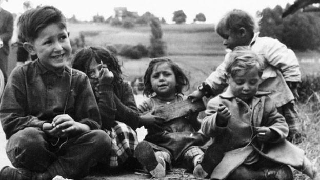 Kinder waren der behördlichen Willkür ausgesetzt. (Symbolbild)