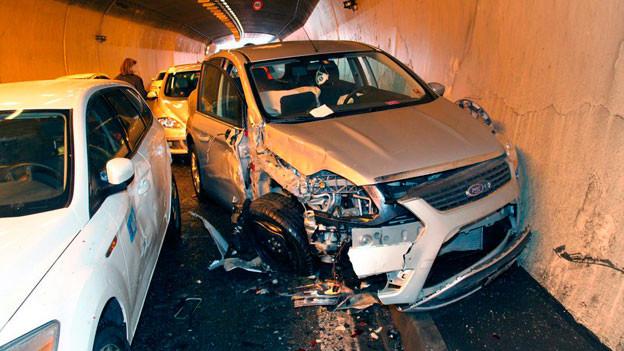 Immer wieder ereignen sich schwere Unfälle im Rosenbergtunnel der Stadt St. Gallen.